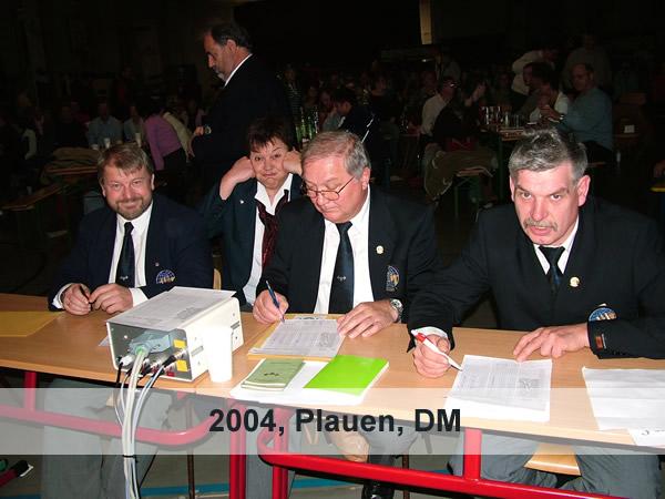 2004_dm_pl